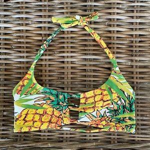 mau loa pineapple top